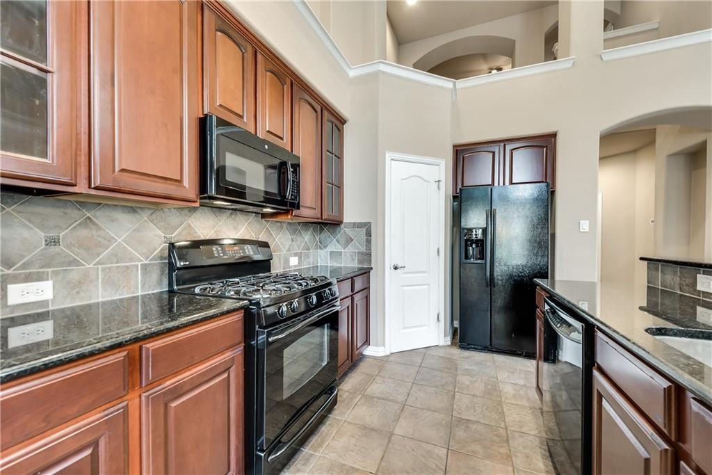 Sold Property | 4329 Kestrel Way Carrollton, Texas 75010 3