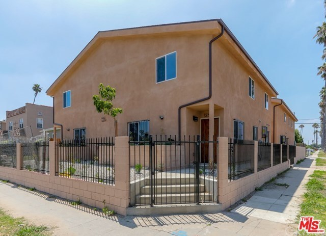 Closed   2026 W 54TH Street Los Angeles, CA 90062 0