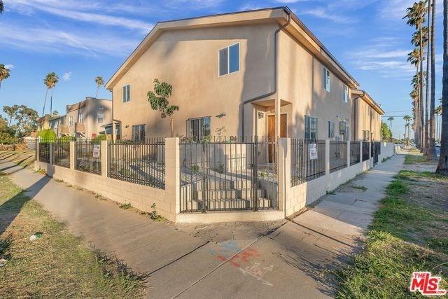 Closed   2026 W 54TH Street Los Angeles, CA 90062 12