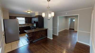 Off Market | 1012 E 54th Street 8