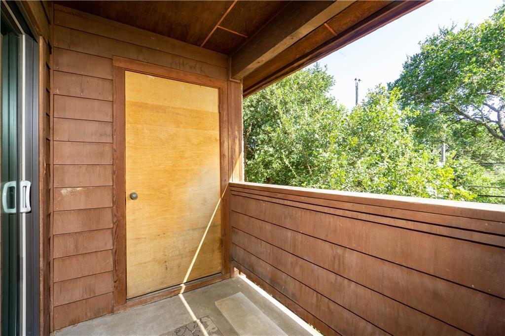 Sold Property | 2508 W 12th Street #305 Austin, TX 78703 22