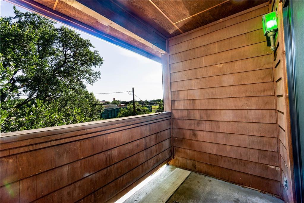 Sold Property | 2508 W 12th Street #305 Austin, TX 78703 23