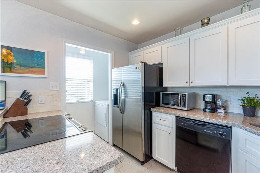 Sold Property | 2508 W 12th Street #305 Austin, TX 78703 5