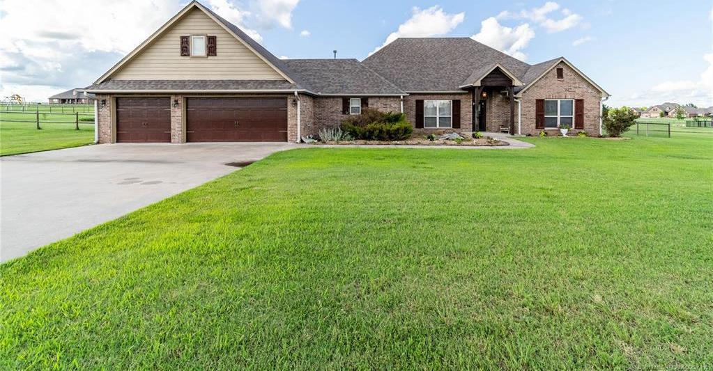 Off Market | 4859 Trade Wind Drive Oologah, Oklahoma 74053 1