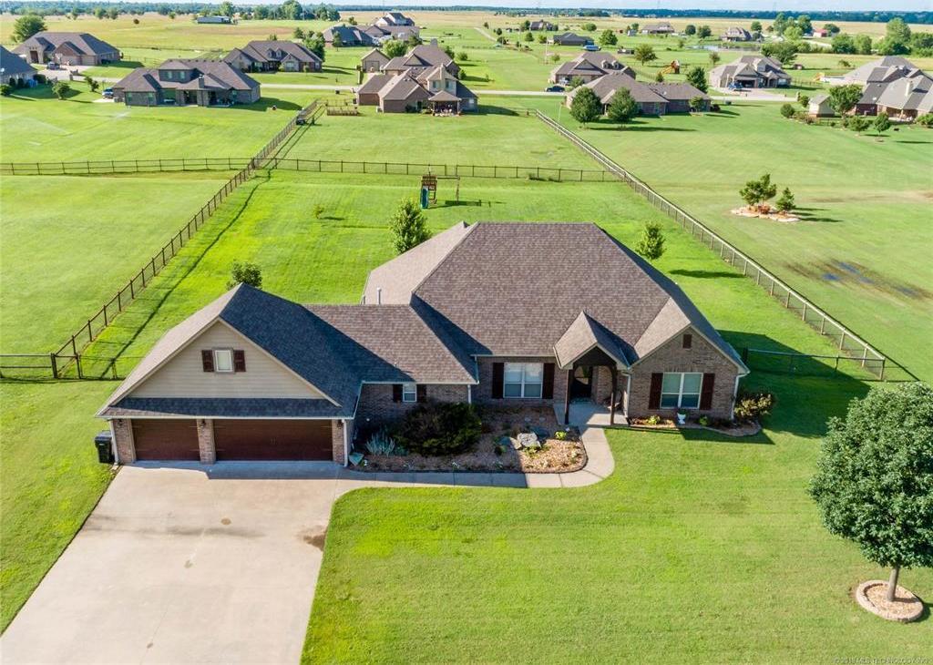 Off Market | 4859 Trade Wind Drive Oologah, Oklahoma 74053 2