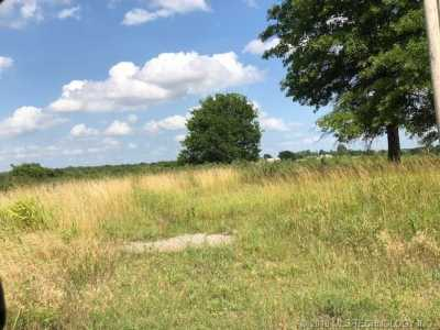Off Market   12 W Persimmon Drive McAlester, Oklahoma 74501 16