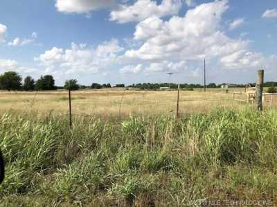 Off Market   12 W Persimmon Drive McAlester, Oklahoma 74501 4
