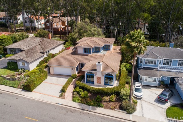 Closed | 114 Calle De Arboles Redondo Beach, CA 90277 2
