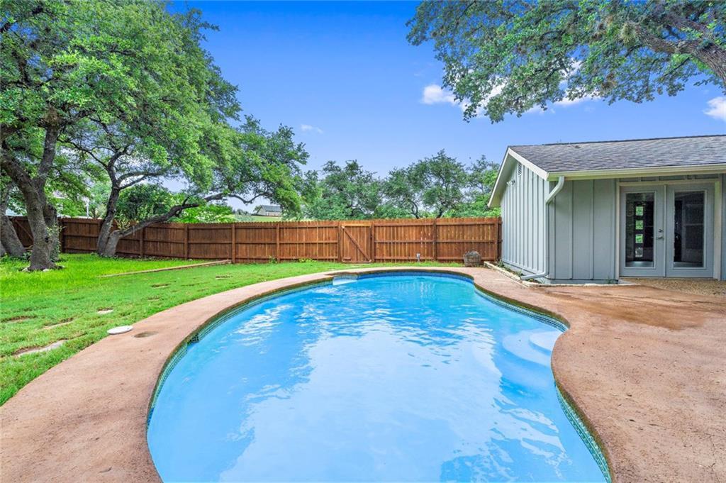 Active | 1048 Daviot Drive Spicewood, TX 78669 29