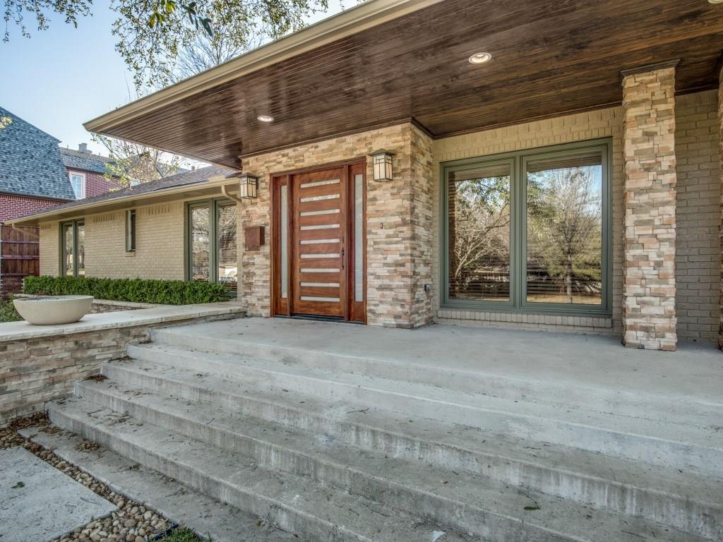 Sold Property | 11131 Westmere Circle Dallas, Texas 75230 2