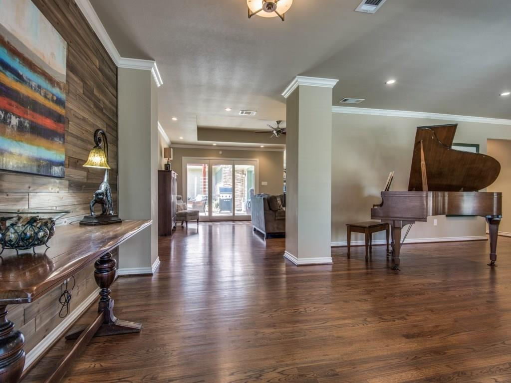 Sold Property | 11131 Westmere Circle Dallas, Texas 75230 3