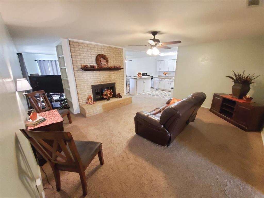 Sold Property | 3621 Madrid Drive Fort Worth, TX 76133 2