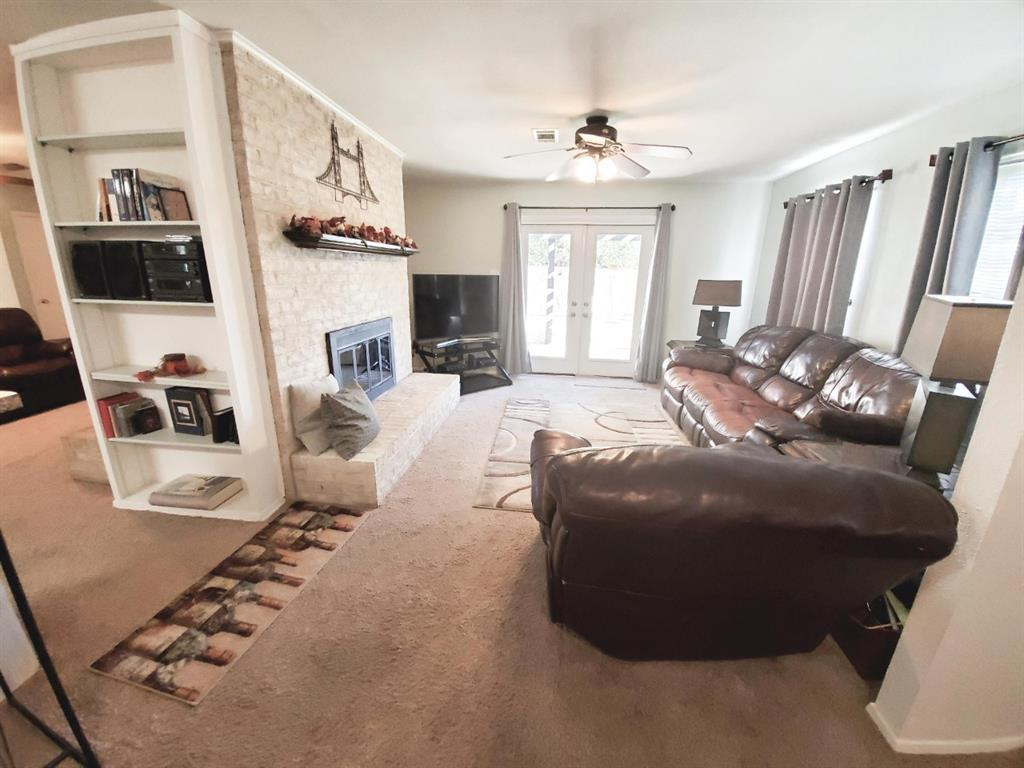 Sold Property | 3621 Madrid Drive Fort Worth, TX 76133 4
