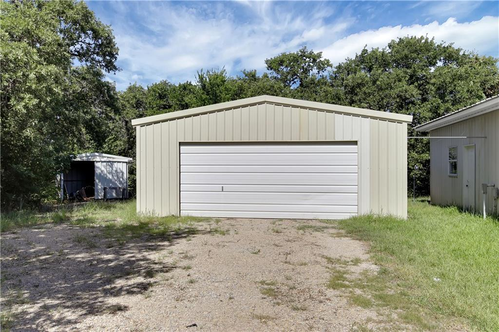 Sold Property | 223 County Road 3471  Paradise, TX 76073 3