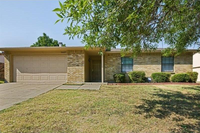 Pending | 7027 Hedge Drive Dallas, Texas 75249 0