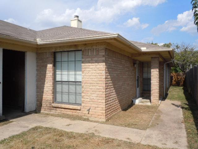 Sold Property | 6645 S Creek Drive Fort Worth, Texas 76133 0