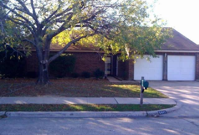 Sold Property | 2601 Fairmont Drive Grand Prairie, Texas 75052 0