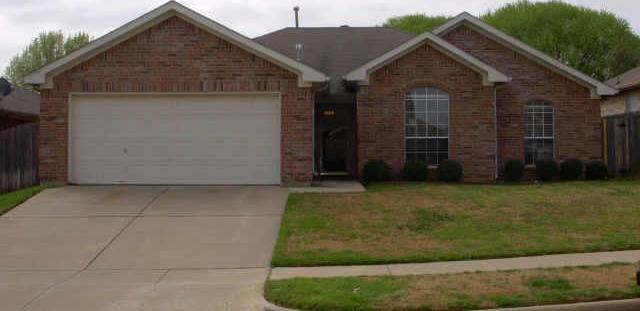 Sold Property   2204 Greensborough Lane Arlington, Texas 76001 0