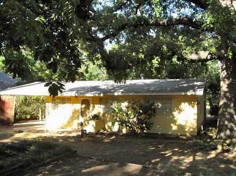 Sold Property | 2869 Hunter Street Fort Worth, Texas 76112 0