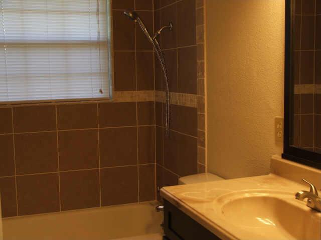 Sold Property | 706 Drummond Drive Arlington, Texas 76012 13