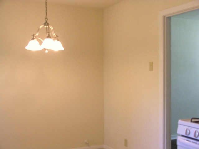 Sold Property | 706 Drummond Drive Arlington, Texas 76012 3