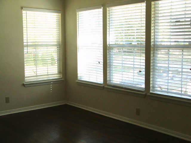 Sold Property | 706 Drummond Drive Arlington, Texas 76012 9