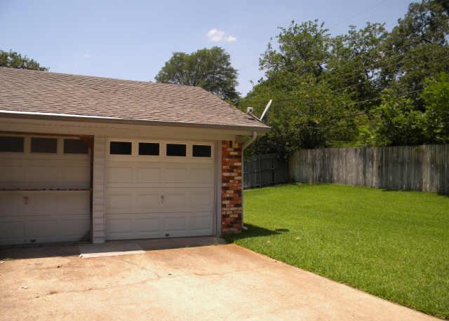 Sold Property | 1215 Cherokee Street Arlington, Texas 76012 15