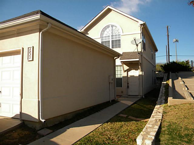 Sold Property | 8021 Ederville Circle Fort Worth, Texas 76120 1