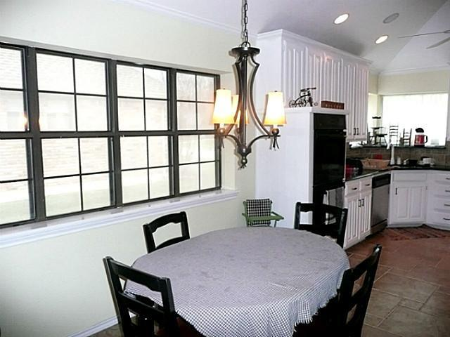 Sold Property | 2209 Diamond Point Drive Arlington, Texas 76017 8