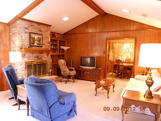 Sold Property | 1912 Glen Hill Drive Carrollton, Texas 75007 1