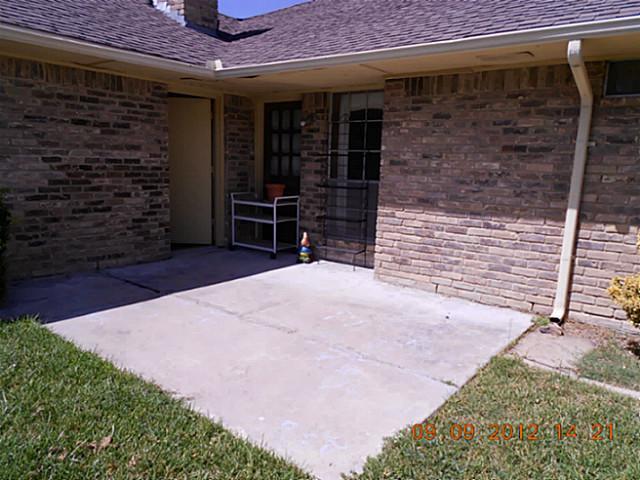 Sold Property | 1912 Glen Hill Drive Carrollton, Texas 75007 12
