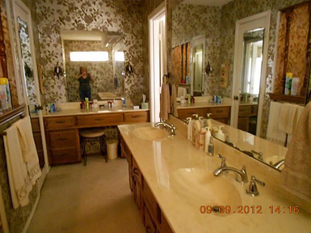 Sold Property | 1912 Glen Hill Drive Carrollton, Texas 75007 4