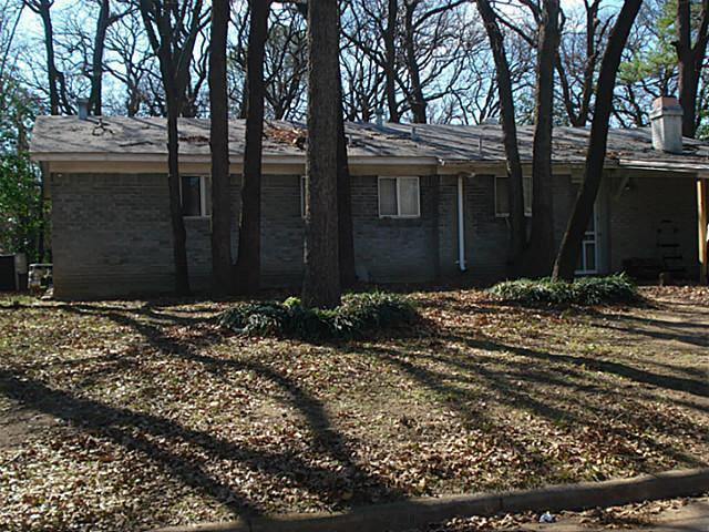 Sold Property | 1810 Mimosa Drive Arlington, Texas 76012 2