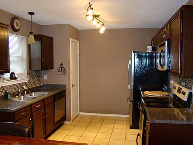 Sold Property | 112 Janis Street Alvarado, Texas 76009 5