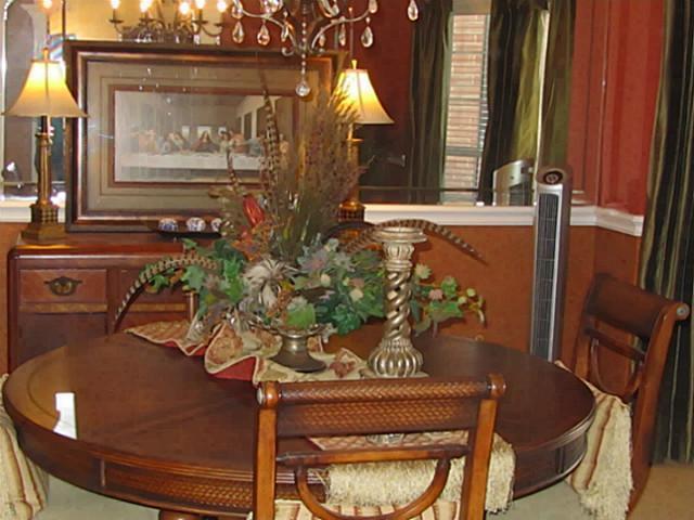 Sold Property | 2804 Vermont Court Arlington, Texas 76001 2