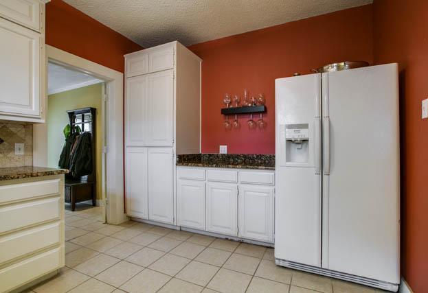 Sold Property | 2017 Ashland Avenue Fort Worth, Texas 76107 4