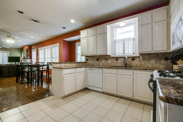 Sold Property | 2017 Ashland Avenue Fort Worth, Texas 76107 6