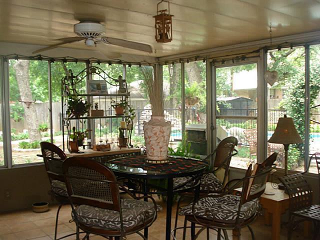 Sold Property | 1204 W Cedar Street Arlington, Texas 76012 10