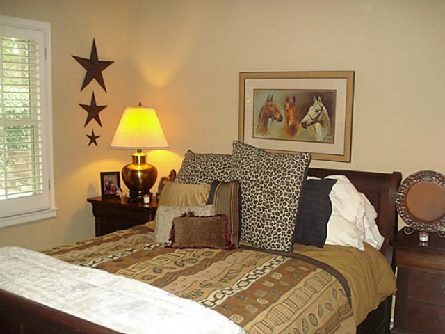 Sold Property | 1204 W Cedar Street Arlington, Texas 76012 16
