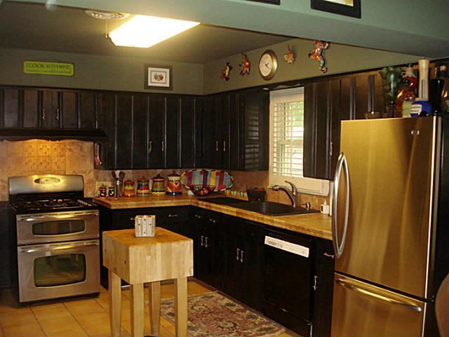 Sold Property | 1204 W Cedar Street Arlington, Texas 76012 5