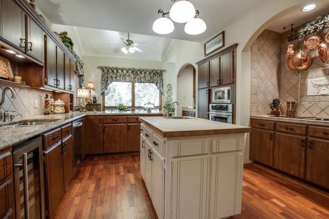 Sold Property | 5912 Woodlake Drive Arlington, Texas 76016 6