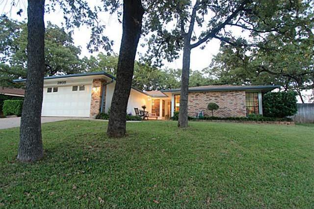 Sold Property | 2905 Pecan Circle Bedford, Texas 76021 0