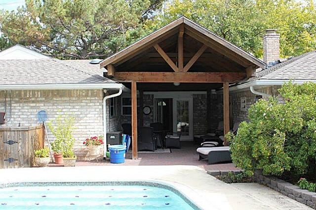 Sold Property | 2421 Parkwood Drive Grand Prairie, Texas 75050 10