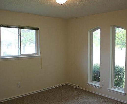 Sold Property | 2421 Parkwood Drive Grand Prairie, Texas 75050 13