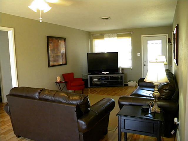 Sold Property | 613 Palomino Court Saginaw, Texas 76179 7