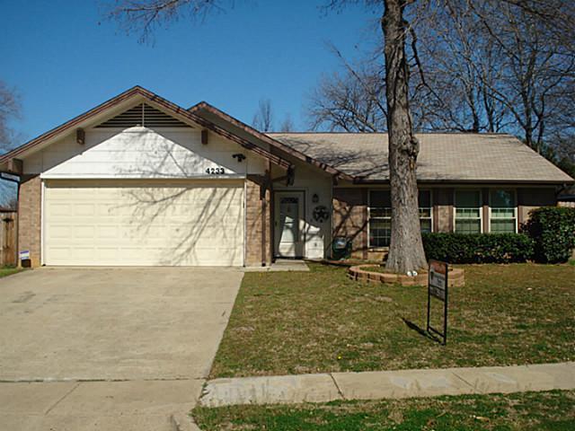 Sold Property | 4233 Glen Ridge Drive Arlington, Texas 76016 0