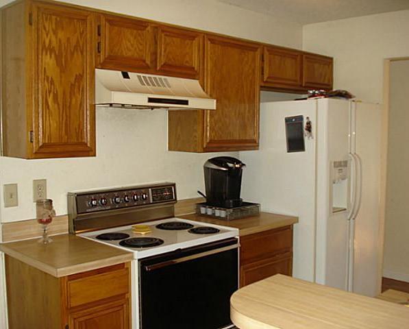 Sold Property | 4233 Glen Ridge Drive Arlington, Texas 76016 2