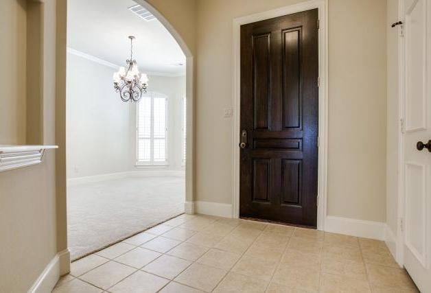 Sold Property | 2000 Kodiak Court Arlington, Texas 76013 1