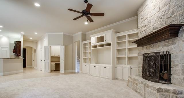 Sold Property | 2000 Kodiak Court Arlington, Texas 76013 10