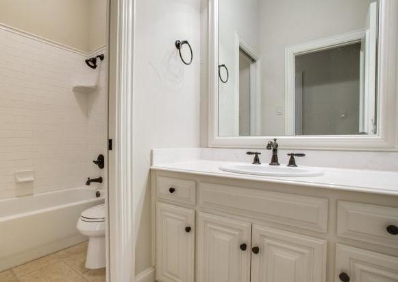 Sold Property | 2000 Kodiak Court Arlington, Texas 76013 19